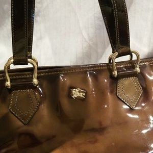 Burberry Bags - Burberry hobo green patent tote